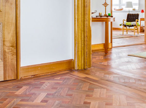 Easy lay parquet flooring